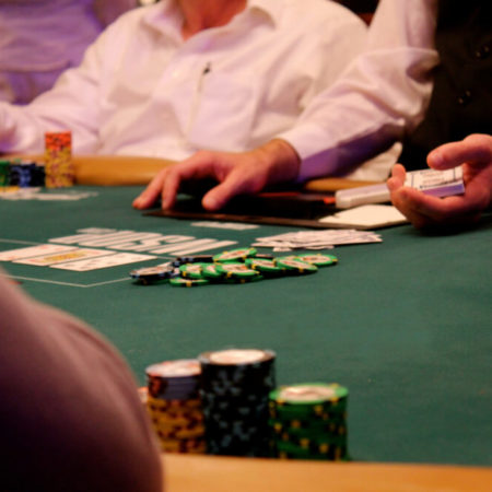 Should New Jersey Poker Rooms Be Allowed Inside of NJ Sportbooks Facilities?