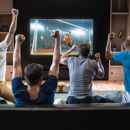 Draftkings And FanDuel Look to Dominate Sports TV With Ads