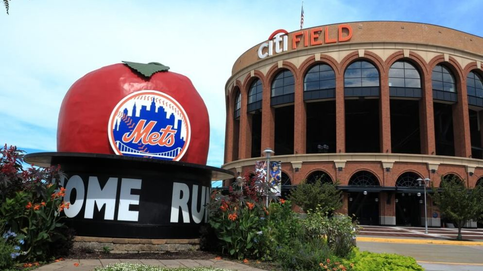 New York Online Sports Betting Bill Could Bring in $900 Million a Year in Revenue