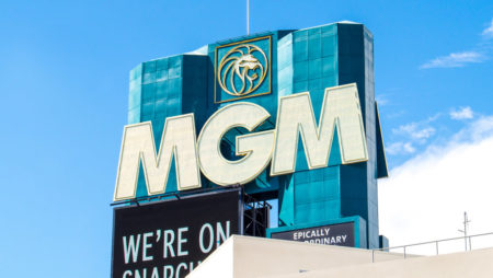 BetMGM outperforms while MGM loses money