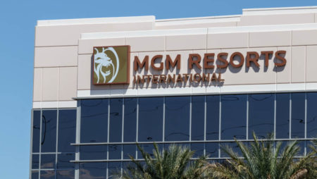 MGM Resorts Gets $700 Million in Real Estate Deal