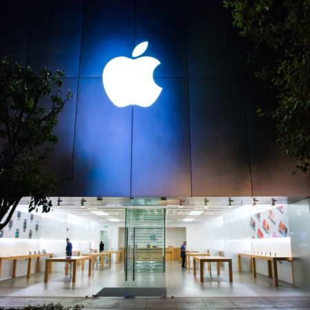 Apple Slapped With Class Action Suit Over Gambling Apps
