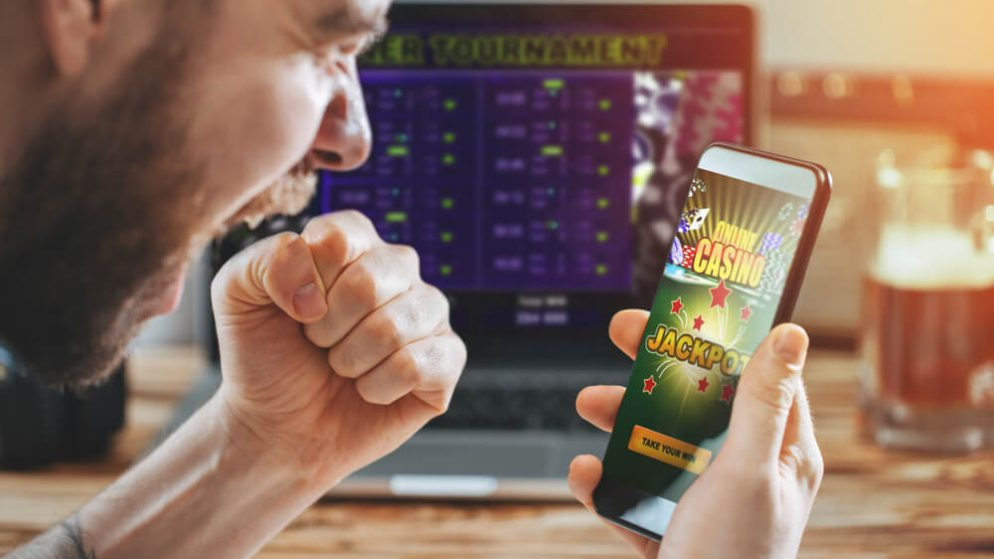 NJ Borgata Online Casino Player Hits Progressive Jackpot Win on $5 Wager