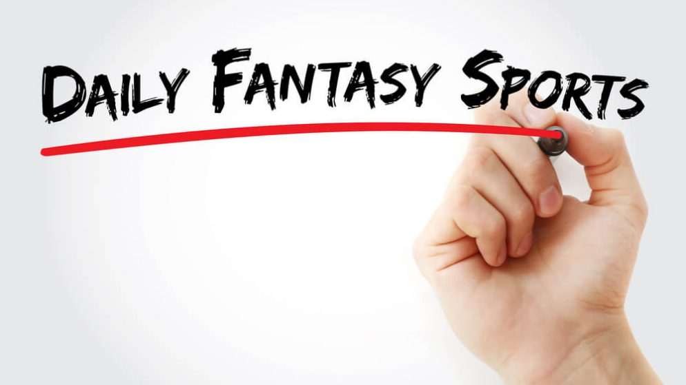 Caesars' Daily Fantasy Partner SuperDraft to Team Up with Game Play Network